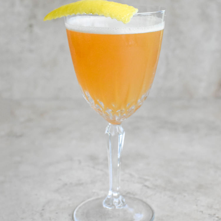 A Play on Two Classic Cocktails – The Fast Car